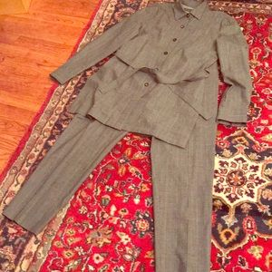 Tamari Summer Suit in Grey with Slits and Belt